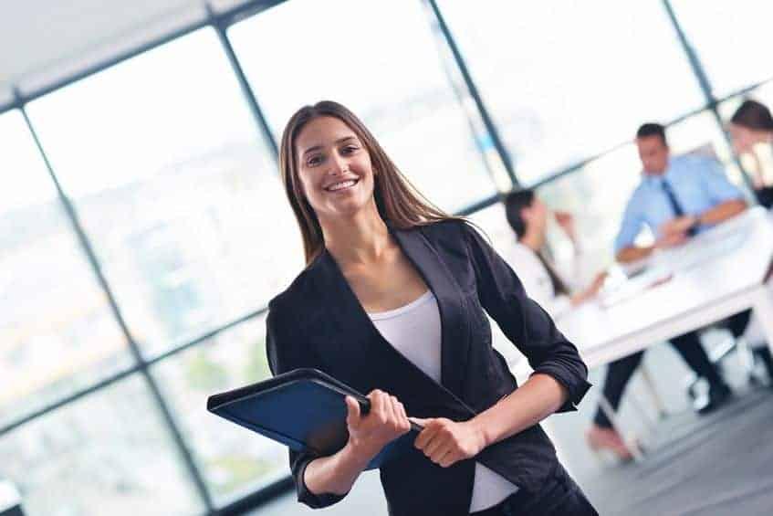 Denken sie an etwas Positives knapp vor dem Gehaltsgespräch und ihre gute Stimmung wird sich auf ihren Chef übertragen.