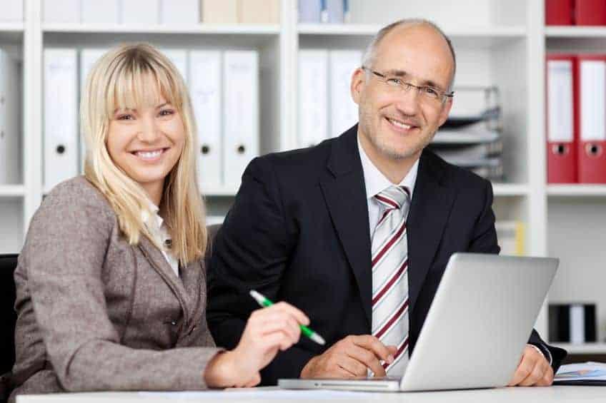 Bewerbung: Bewerbungsart Platz 3: Bewerbungstrainer und Bewerbungscoach als Stärkung der Bewerbung zum Joberfolg engagieren
