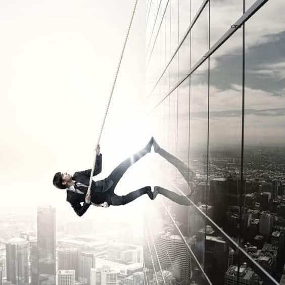 Die 3. Strategie Charisma zu lernen liegt darin, jede Herausforderung anzunehmen und das darin verborgene Potenzial zu entfesseln!