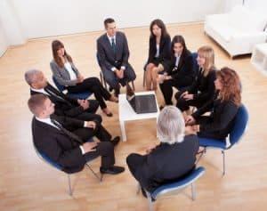 Assessment Center Tipps für Gruppensituationen: 5 Bausteine, die in jedem Assessment Center vorkommen. +10 weitere Tipps