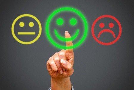 Regen Sie die Emotionen Ihres Gegenübers zum Smalltalk führen positiv an