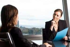 Durch tiefergehende Fragen zu Gesagtem, können Sie Smalltalk führen