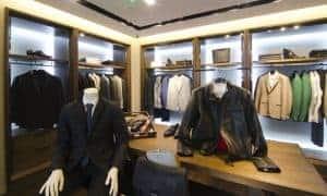 Bewerbung Herren: Kleidung. Aktuelle Büro-Mode, die für Bewerbungsgespräche Eindruck macht. Einfach mit den Slidern Business-Outfits wählen und von Amazon liefern lassen.