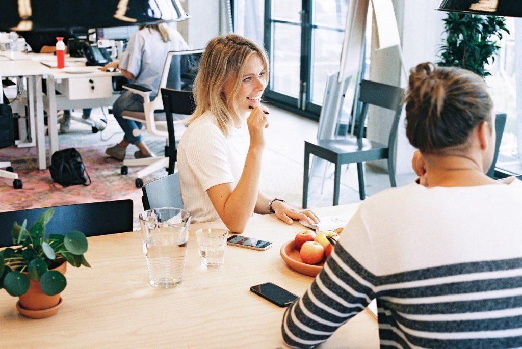 Vom Studentenjob zum Vollzeitjob mit der richtigen Motivation: Diese 7 Schritte zeigen, wie man von einem Studentenjob zu einem festen Vollzeitjob direkt nach dem Studium kommt, wenn einem die Firma gut gefällt.