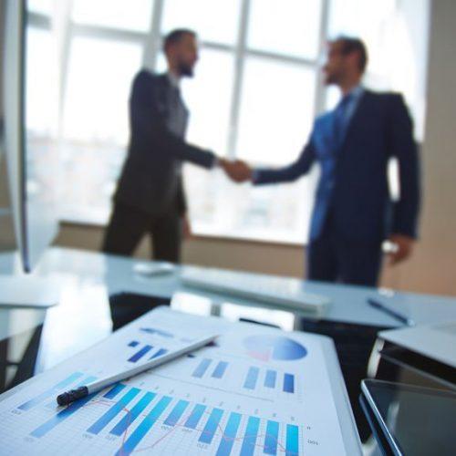 Gehaltsverhandlung üben mit echten HR-Personal Profis. Inklusive Feedback und Tipps für die erfolgreiche Verhandlung zur Gehaltssteigerung.